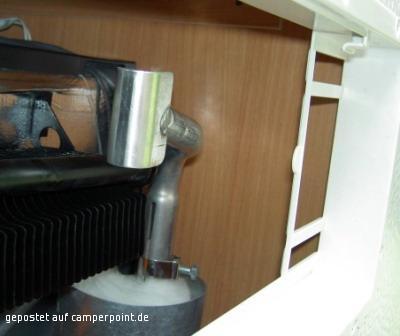 Kühlschrank im Gasbetrieb: Kühlleistung und Abgasproblem - Wohnwagen ...