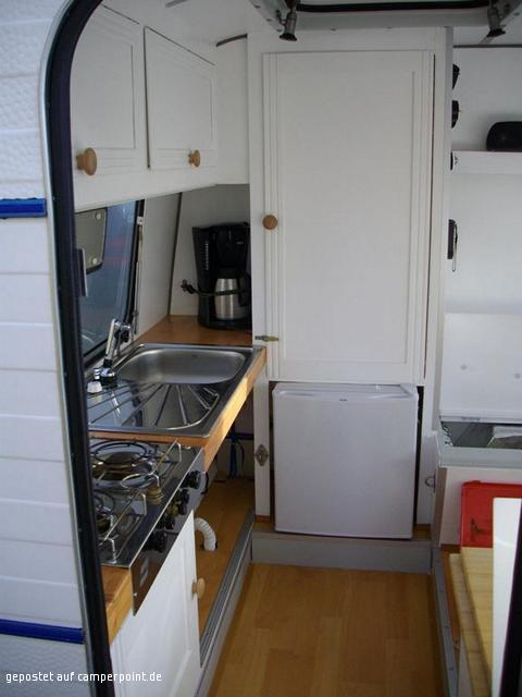 wohnwagen renovieren innen wohnmobil wohnwagen renovieren innen bauwagen innen zelten. Black Bedroom Furniture Sets. Home Design Ideas